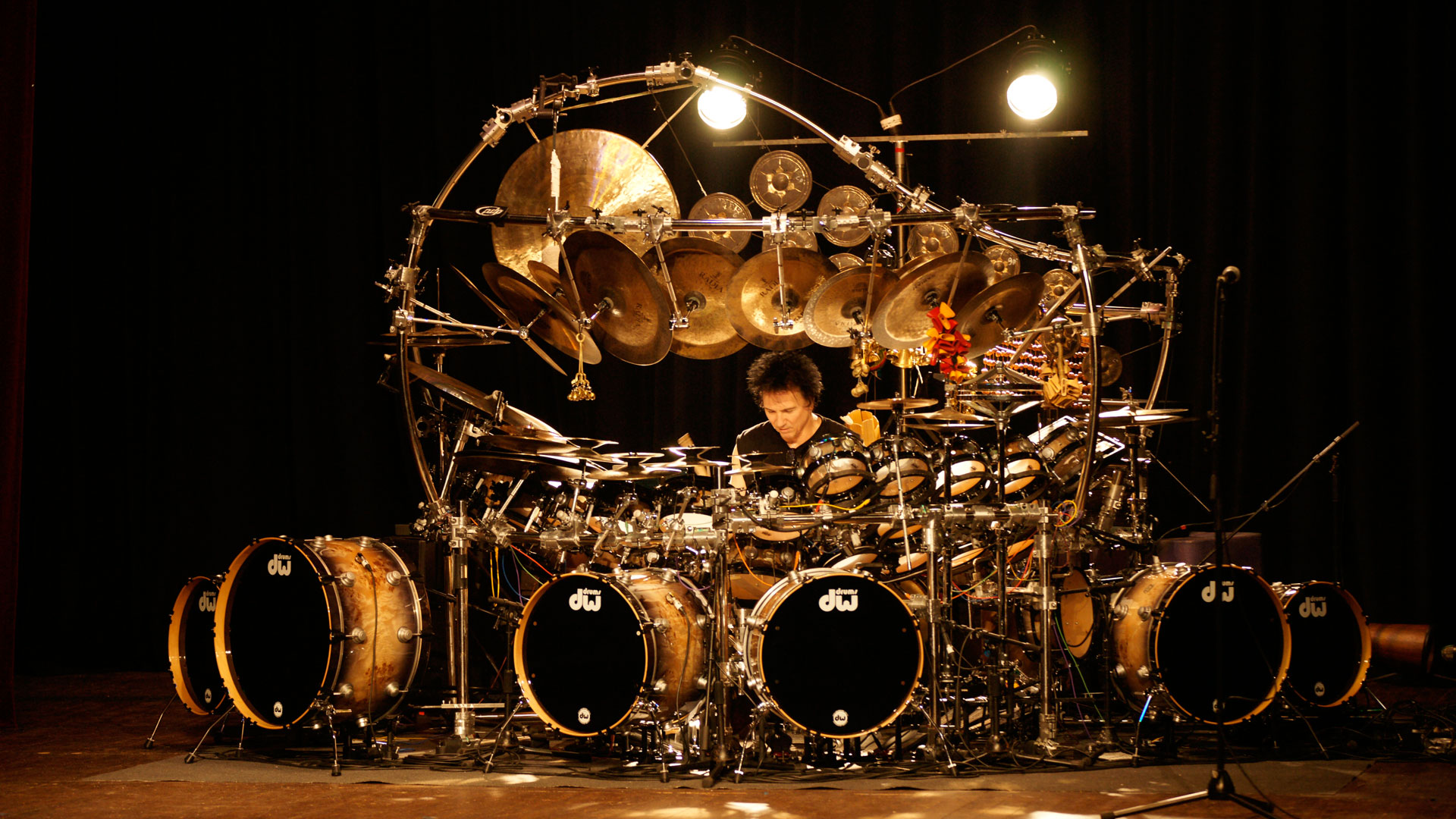 2014-TERRY-BOZZIO-Press-Photo-photo-by-Andre-OzgaDSC1193