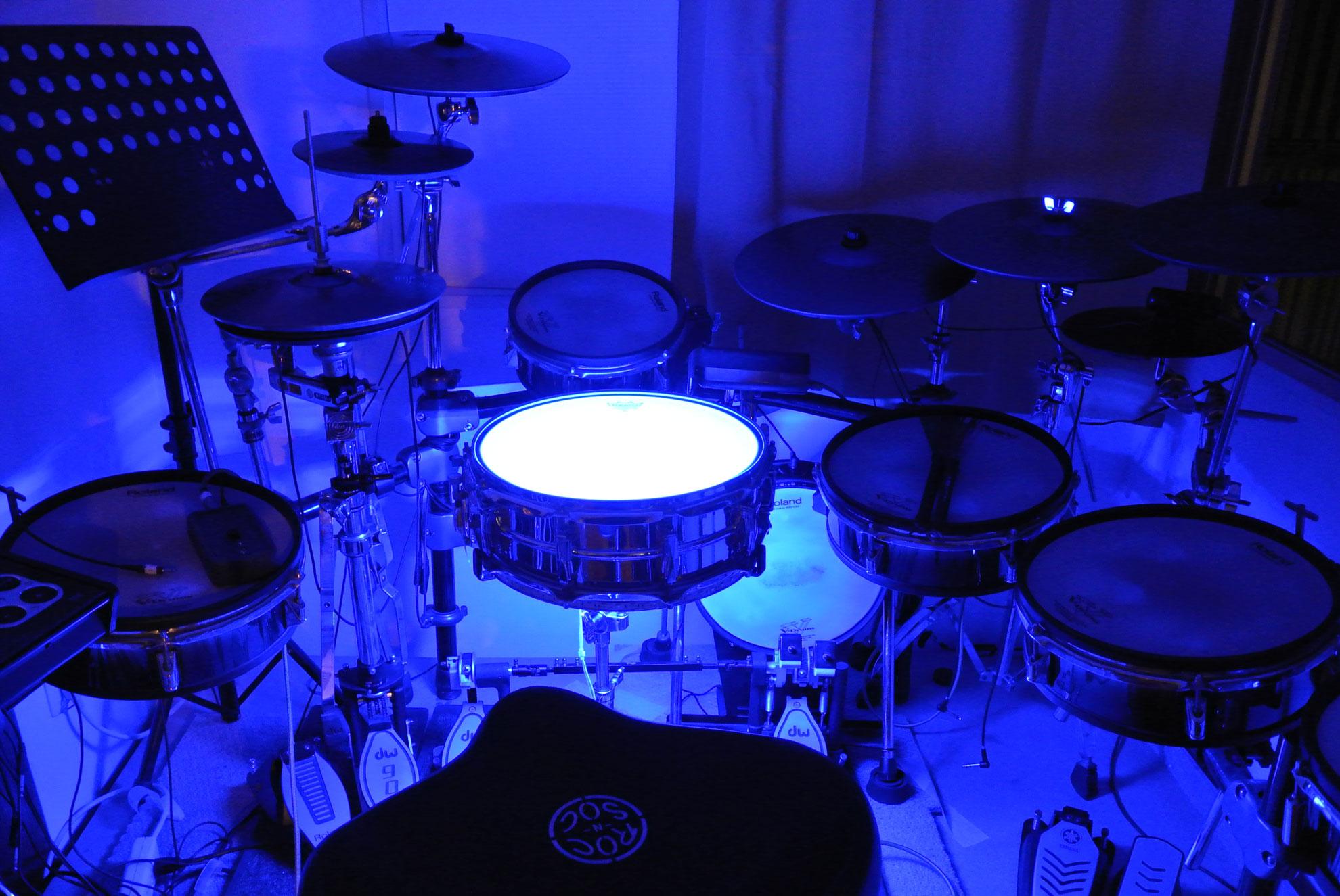 光るドラム! スネア・ライトニング・ジャズキット完成