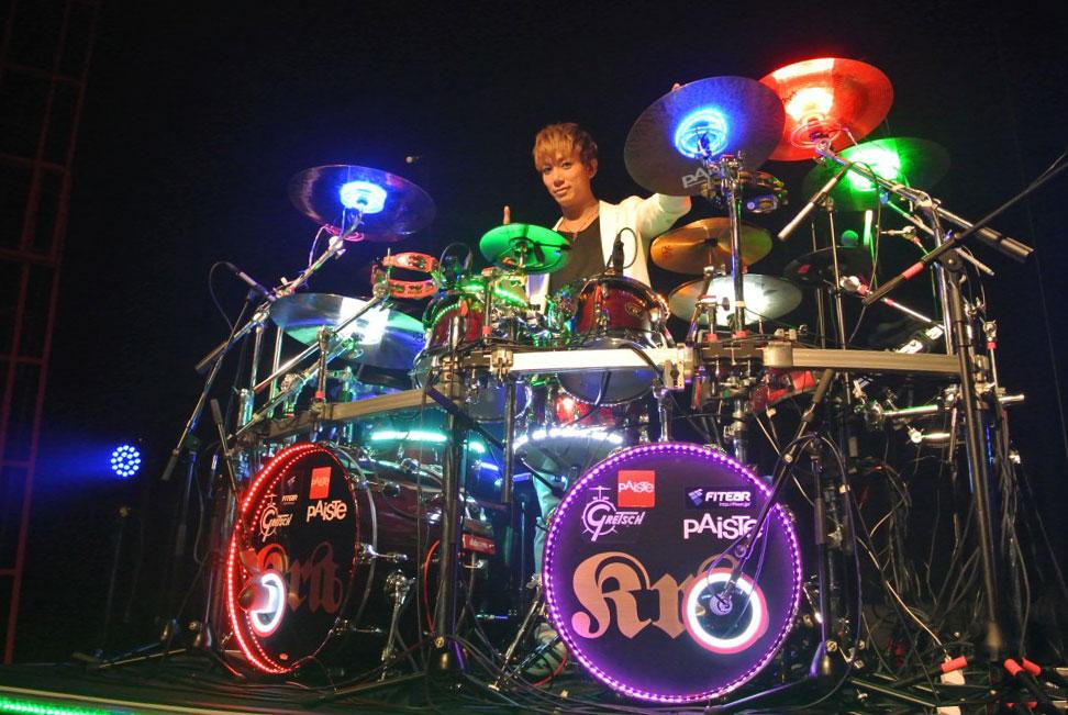 ドラムライトニング 靖乃