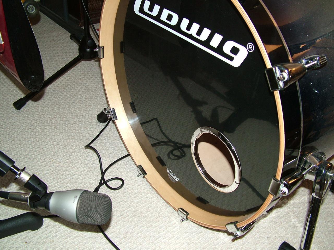 バスドラム ホール カッター